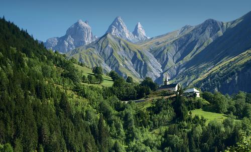 Wanderurlaub mal luxuriös im Alpinhotel
